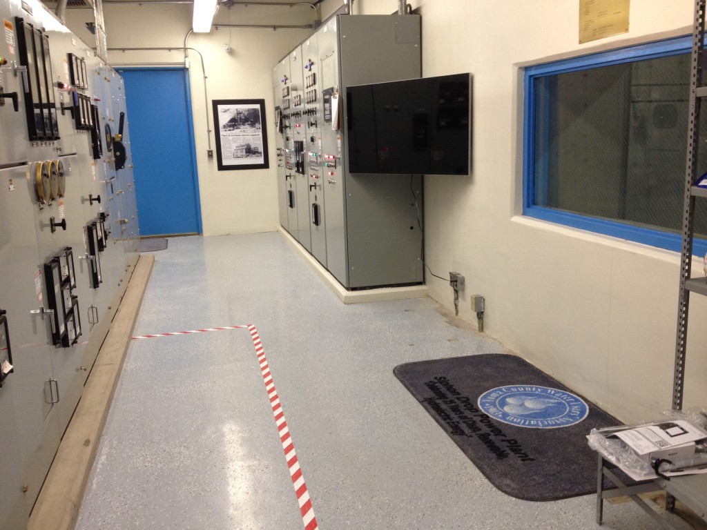 Guests were also treated to a slideshow of the construction of the plant, and a viewing window allows the generation room to be viewed from within the control room.